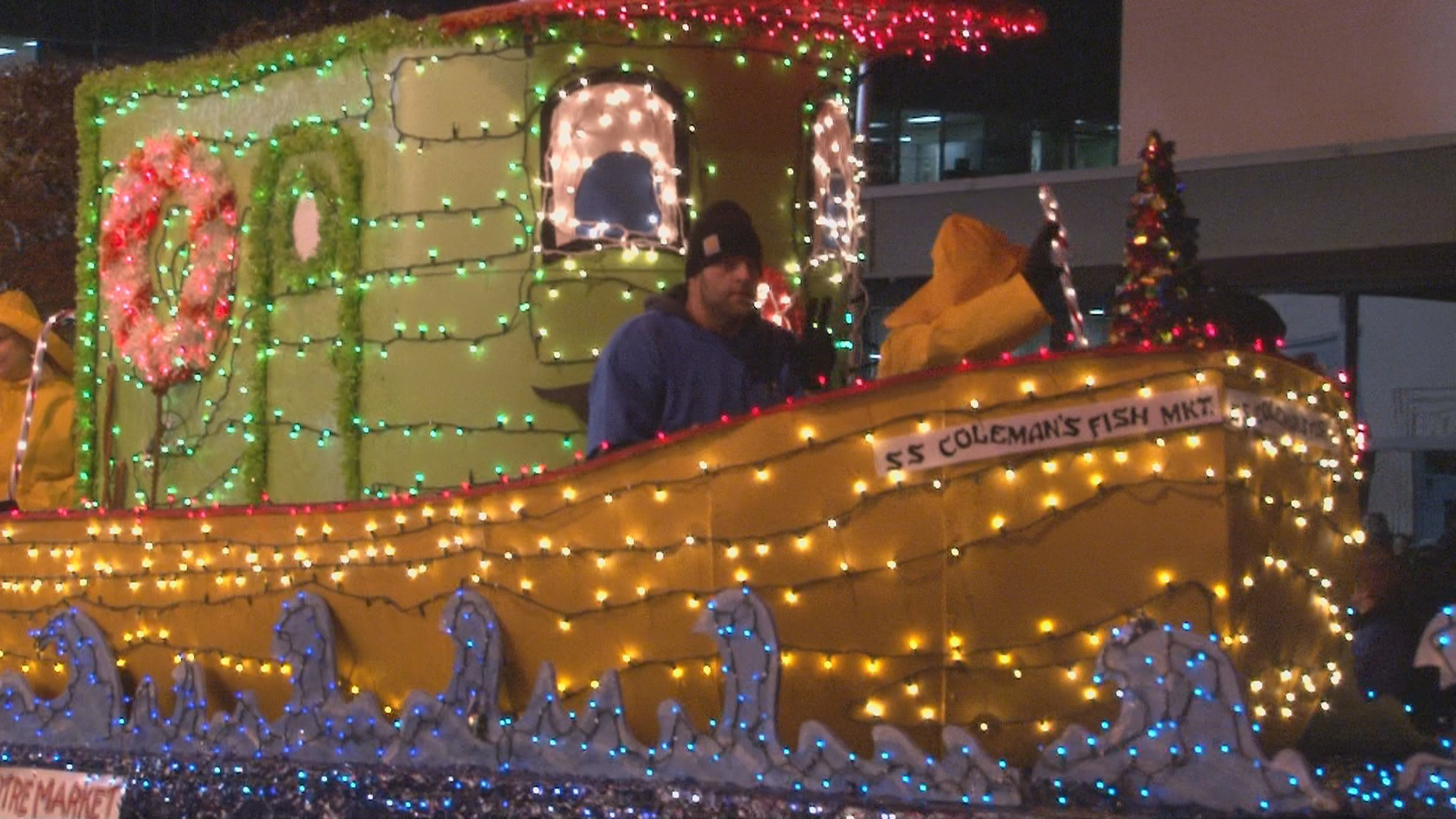 Wheeling Christmas Parade 2021 Parade Brings Cheer To Our Area