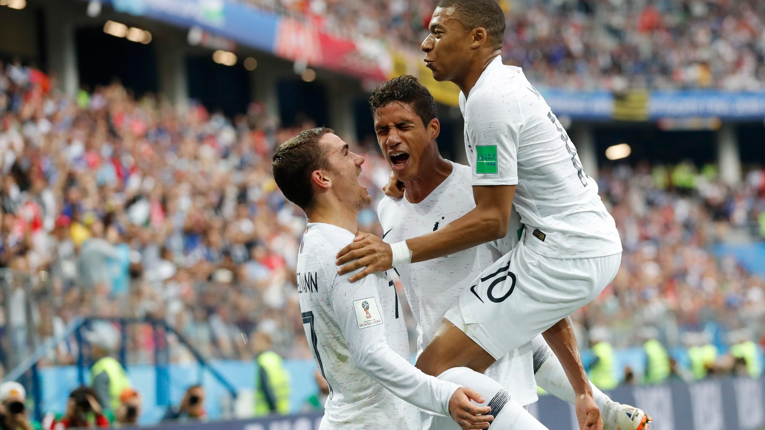 Russia_Soccer_WCup_Uruguay_France_36650-159532.jpg82779319