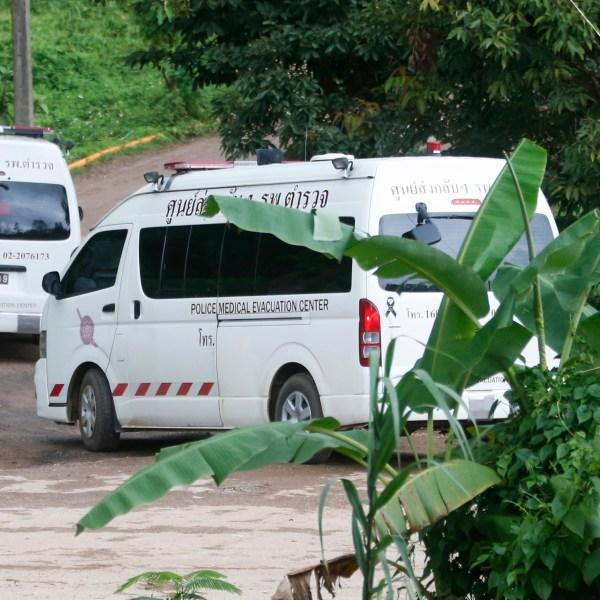 Thailand_Cave_Search_19330-159532.jpg70975085