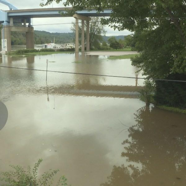 Riverfront park flood_1536690889287.jpg