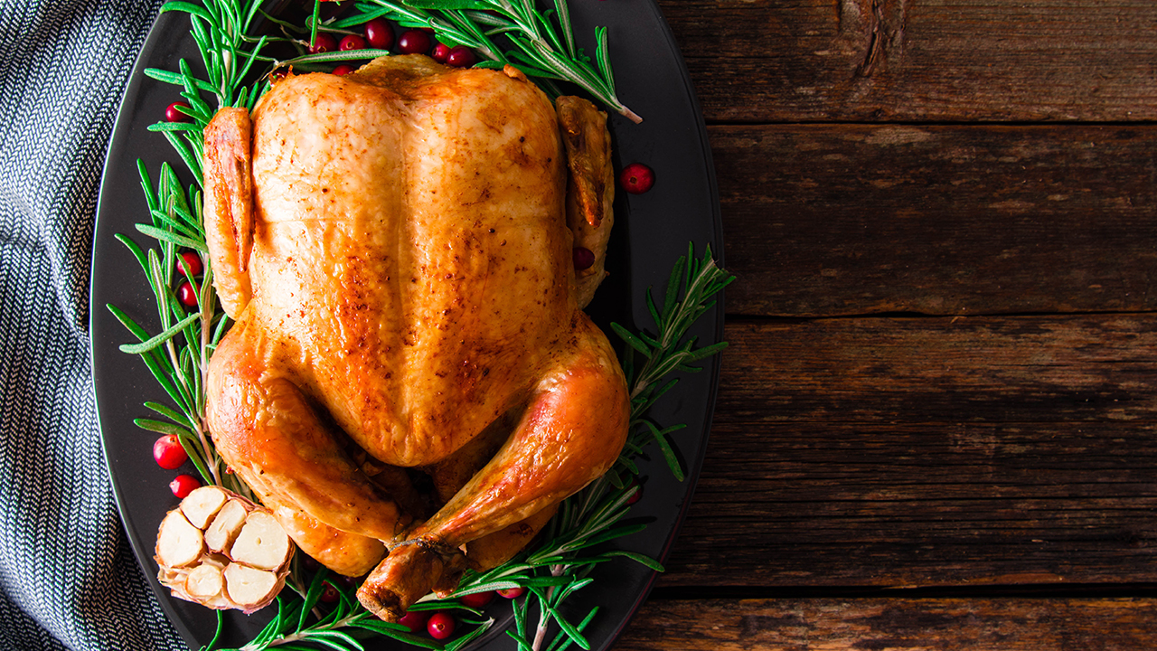 roasted-turkey-with-balsamic_1542657563434_420177_ver1_20181119201510-159532