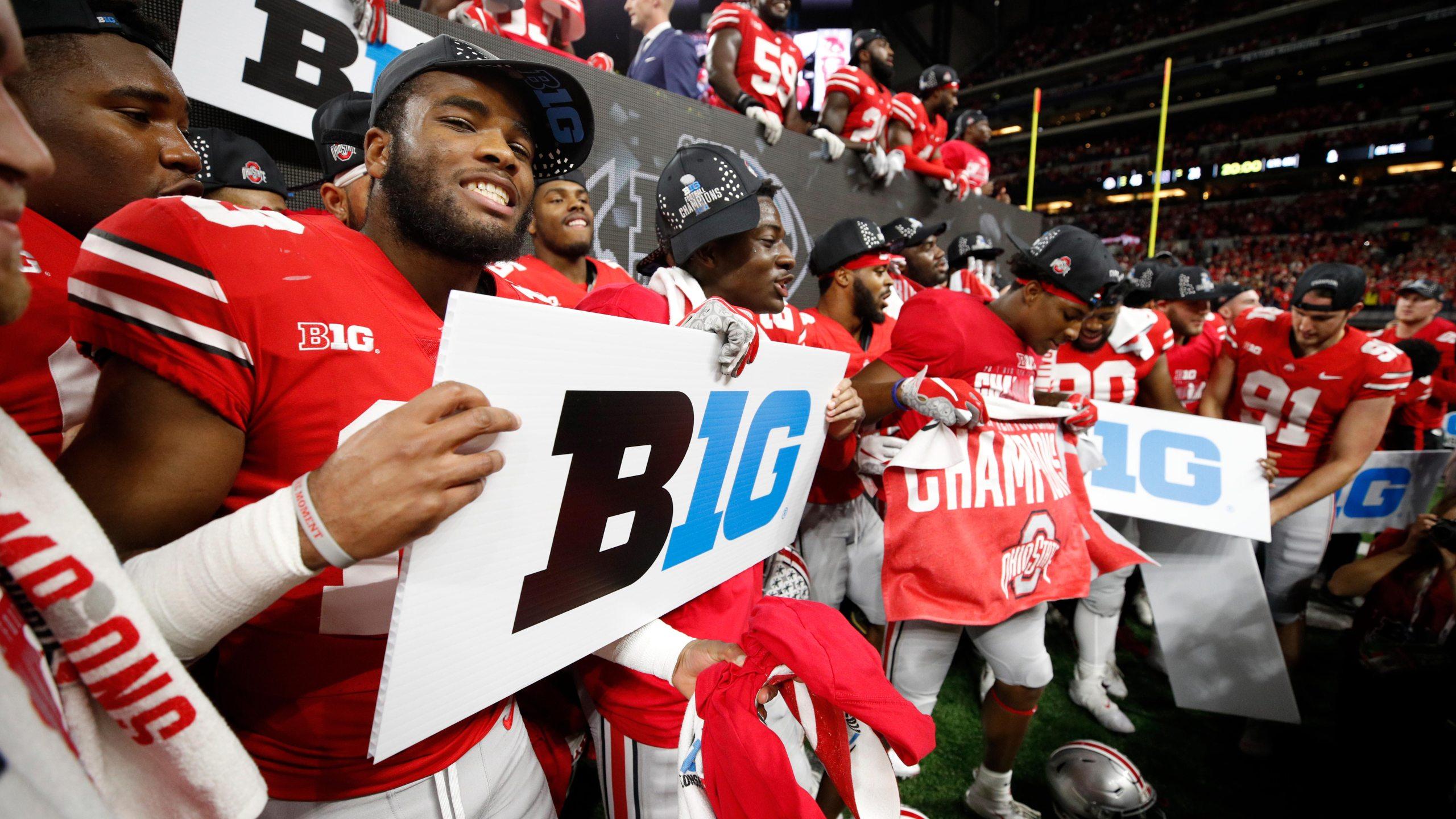 GettyImages-1075847034 ohio state buckeyes big 10 championship1_1545925965988.jpg.jpg