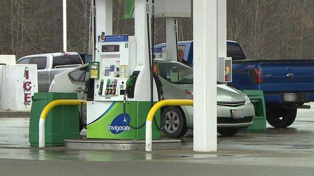 gas-station-generic_1549411824389.jpg