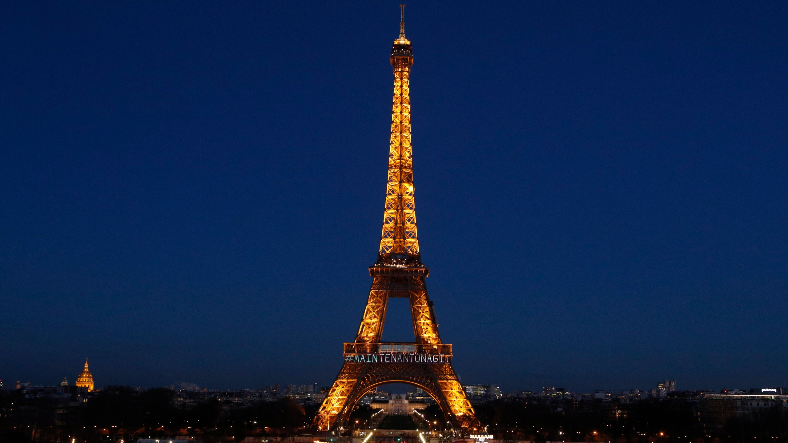 France_Eiffel_Tower_24728-159532.jpg97489498