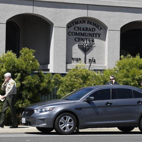 calif synagogue shooting_1556462283934.jpeg.jpg
