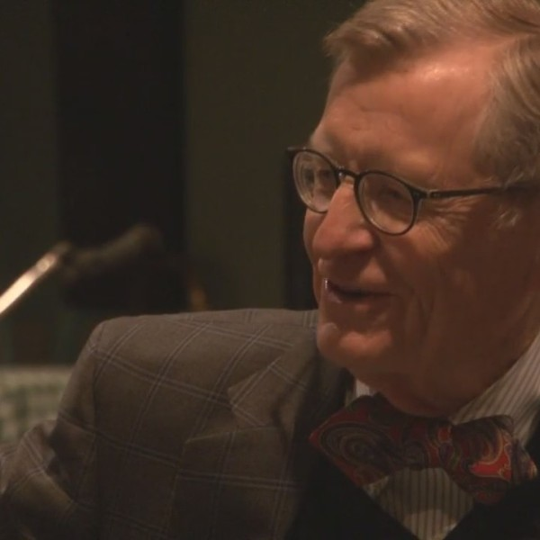 WVU President visits Wheeling for Boy Scouts dinner