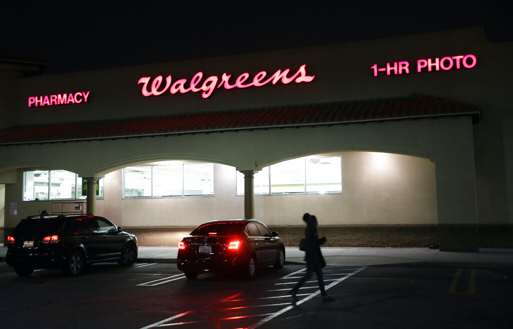 Walgreens To Provide Employees With Masks Temperature Checks Wtrf