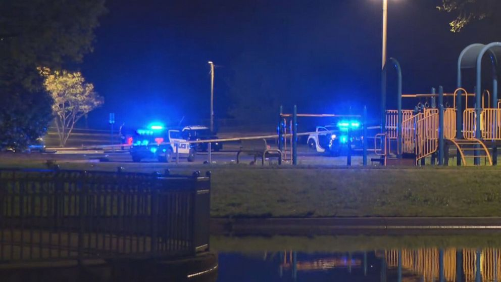 1 killed, 5 injured in shooting at Alabama park, police say